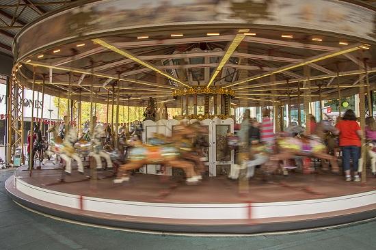 Civic Carousel 550
