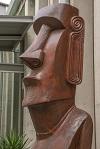 Moai 100